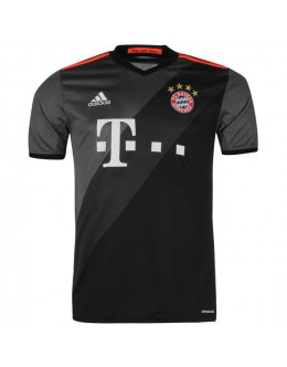 Bayern Munchen - away 16/17