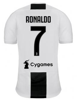Juventus Turín - home 18/19 - RONALDO
